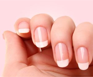 Difference between gel nails and tips