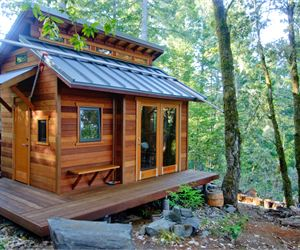 Admirable You Can Build This Tiny House From A Kit Largest Home Design Picture Inspirations Pitcheantrous
